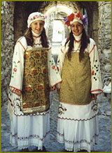 Traditional costume, Mesta